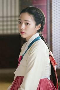 Chae soo bin facts and ideal type chae soo bin (채수빈) is a south korean actress under king kong by starship. 46 best Chae Su Bin images on Pinterest   Korean actresses, Asia and Character inspiration
