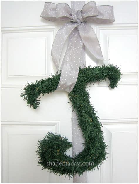 easy wreath letters joy    day