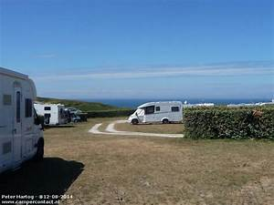 Camping Car Bretagne : aire de camping car plouarzel camping car pinterest bretagne normandie et ile ~ Medecine-chirurgie-esthetiques.com Avis de Voitures
