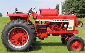 1965 Farmall 706 Lpg