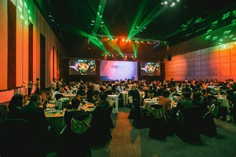 creative ideas  corporate stage design endless