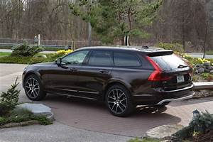 Volvo V90 Cross Country : 2017 volvo v90 cross country awd review gtspirit ~ Medecine-chirurgie-esthetiques.com Avis de Voitures