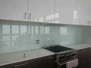 Glass backsplash kitchen 28 images advantages of for Advantages of using glass tile backsplash