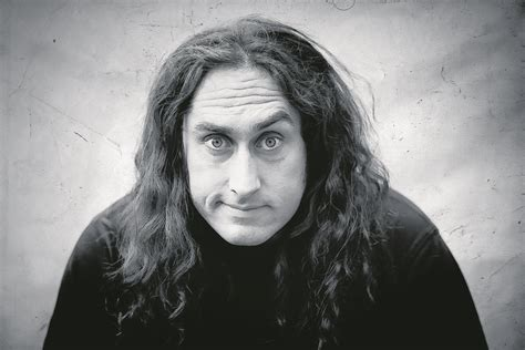 Review: Aberdeen audience left in stitches by Ross Noble's ...