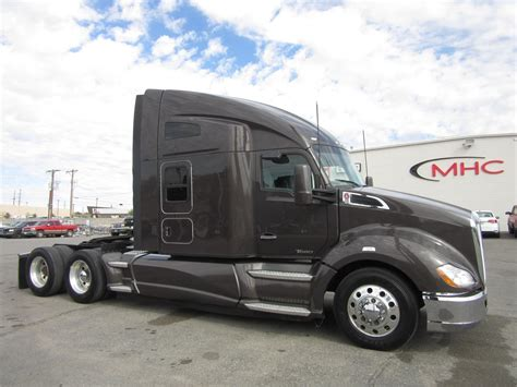 used truck kenworth t680 2016 kenworth t680 conventional trucks for sale 75 used