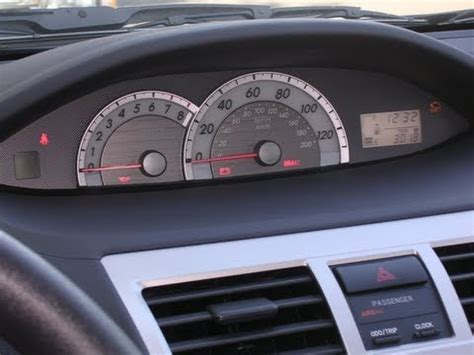 how to reset maintenance light on 2007 toyota camry reset oil maintenance light 2007 to 2013 toyota yaris
