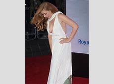 Braless Amy Adams risks MAJOR wardrobe malfunction in