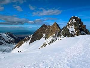 Trekking in Romania during winter season