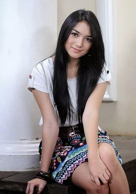 Foto Hot Wanita Cantik Bugil Bareng Foto Memek Abg
