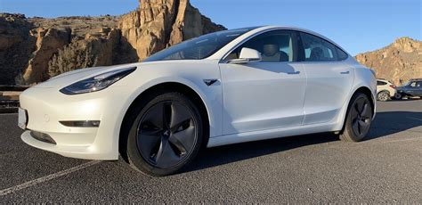 View Best Way To Lease A Tesla 3 Background
