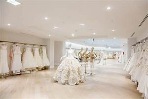 New york city bridal shop kleinfeld opens in toronto for Wedding dress warehouse nyc