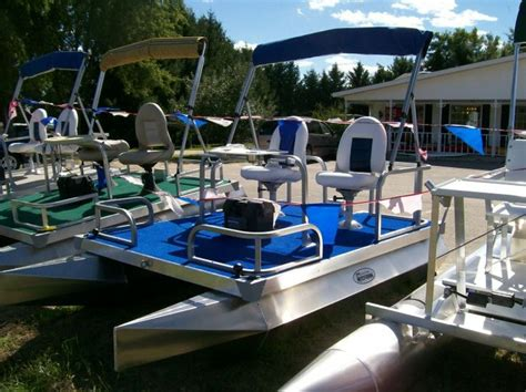 Mini Pontoon Boats For Sale In Florida by 25 Best Ideas About Pontoons For Sale On Pinterest Used