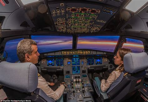 pictures  show pilots      view