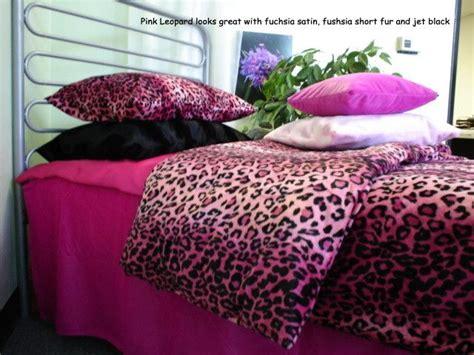 Cheetah Print Bedroom Accessories by Best 25 Cheetah Bedroom Ideas On Cheetah