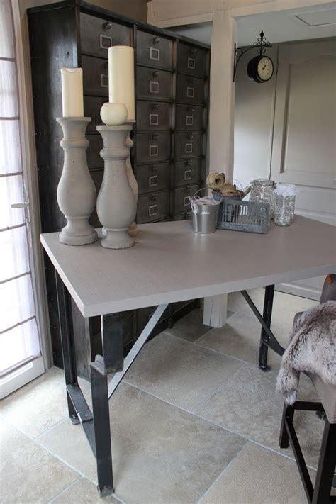 bureau de styliste etabli ou bureau en métal et bois ducotedelatelier fr
