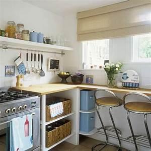 comment amenager une petite cuisine archzinefr With comment amenager une petite cuisine en longueur