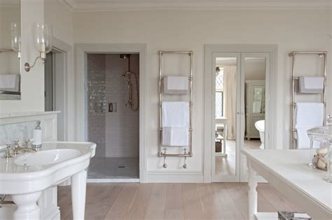 glam bathroom how to glam up your bathroom the house of grace Farmhouse