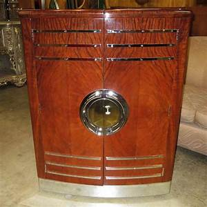 Art Deco Expanding Cocktail Cabinet and Bar at 1stdibs