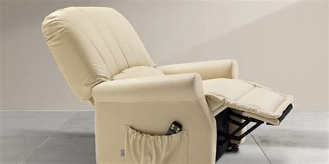 Poltrone Reclinabili Massaggianti : Poltrone Reclinabili Con Alzapiedi E Sistema Massaggiante