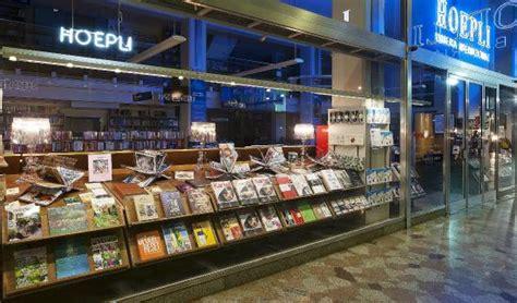 libreria hoepli vetrina picture of libreria internazionale ulrico hoepli