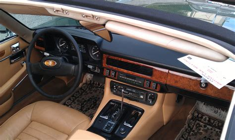 file jaguar xj sc    morges  interior