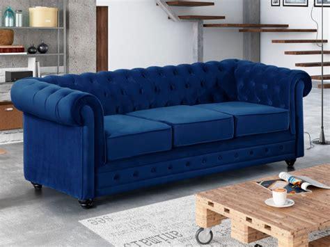 canapé bleu roi canapé 3 places en velours bleu roi chesterfield
