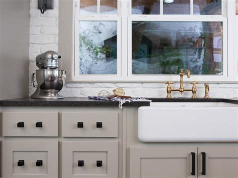 The Flipper Fixer Upper   HGTV's Fixer Upper With Chip and