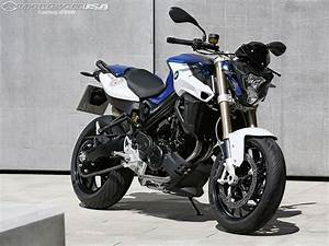 Bmw 800 R : 2015 bmw f800r first look photos motorcycle usa ~ Medecine-chirurgie-esthetiques.com Avis de Voitures