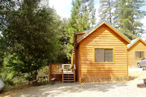 vacation cabins in family friendly vacation rentals yosemite national park