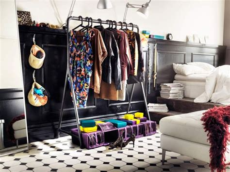 Wardrobe Storage Idea