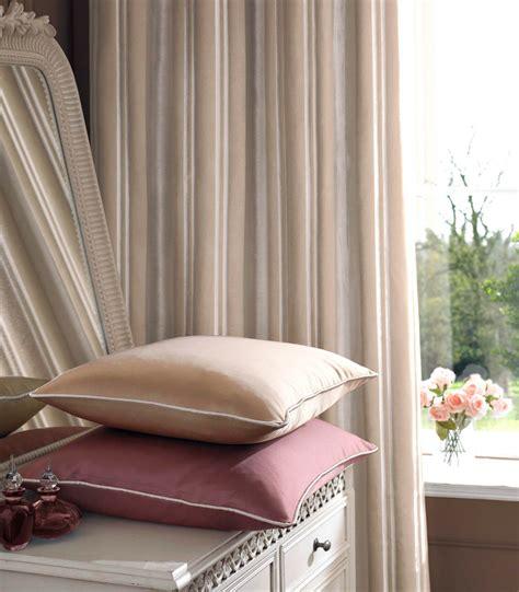 rideau chambre à coucher adulte rideaux chambre a coucher