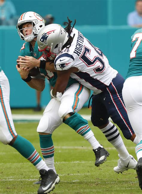 dolphins score  miracle final play  beat patriots