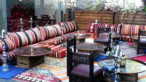 dekorasi ruang tamu lesehan ala arab ruang tamu