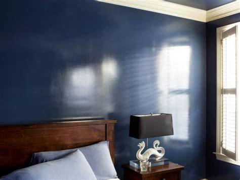 add  wet effect  walls  glossy paint hgtv