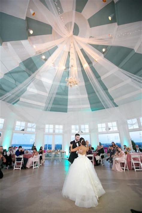 rotunda lauxmont farms reviews ratings wedding ceremony reception venue pennsylvania