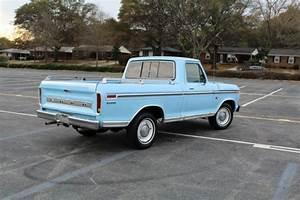 Classic 1973 Ford F100 Custom 2wd