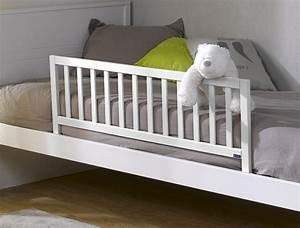 Barrière de lit: pourquoi en acheter pour son lit bébé