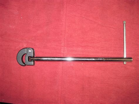 kitchen sink faucet wrench delta faucet basin wrench 5792