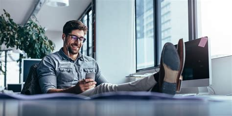How to Stay Active When You Work a Desk Job   Openfit
