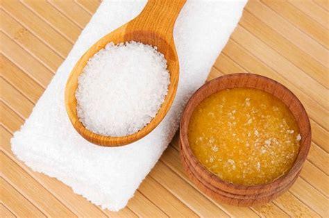 pelle secca rimedi per mantenerla morbida liscia e giovane vivere pi 249 sani