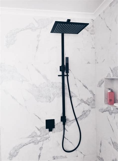 Matte black Meir round shower rail set 300 mm