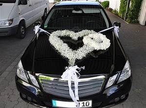 Deko Auto Hochzeit : brautautoschmuck wedding hochzeitsdeko autoschmuck hochzeit und hochzeit auto ~ A.2002-acura-tl-radio.info Haus und Dekorationen