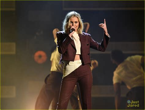 Kelsea Ballerini's 'miss Me More' Performance At The Cma