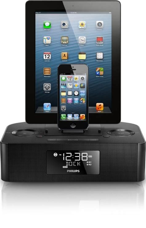 Iphone Dock Wecker by Philips Aj7260d 37 Dual Dock For Iphone Users