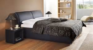 schlafzimmer mit polsterbett polsterbett trapani mit bettkasten in z b 180x200 cm