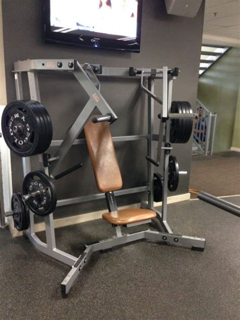 Hammer Strength Wide Chest Press
