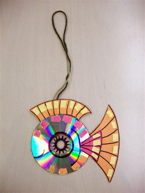 recycled art  cd construction paper permanent marker