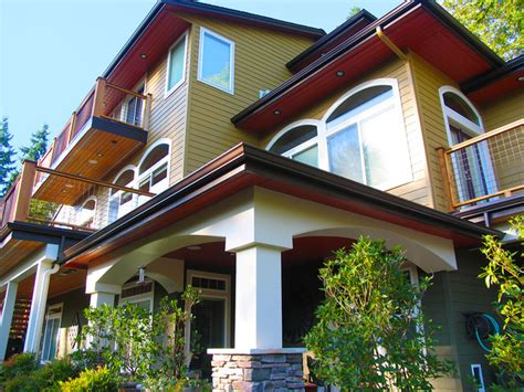 Exterior Craftsman Paint Color & Bold Accents-craftsman