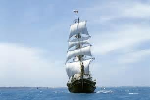 Sinking Ship Simulator Download by Sea Ship Sailboat Ocean Sailing Ships Boat Boats Waves