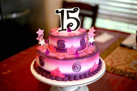 Hector39s Custom Cakes Sweet 15 Cake 15th Bday
